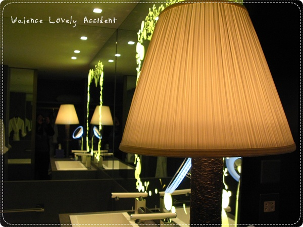 WHotel_Room2218_11