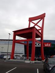 XXXLutz: huge red chair (Schnella Schnyder) Tags: shop opening redchair roterstuhl neuerffnung aschheim xxxlutz