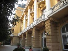 Pula (Istri, Kroati) (Duul58) Tags: hotel geel 2009 pula oker istri kroati rivira