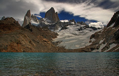 Monte Fitz Roy (ik_kil) Tags: argentina fitzroy 1001nights hdr parqueglaciares lagunadelostres montefitzroy cerropoincenot cerrochaltn