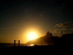 Two (Dani Gama) Tags: brazil rio brasil riodejaneiro mar mac cristoredentor corcovado lagoa belezas niteri baadeguanabara oscarniemeyer museudeartecontemporanea danielagama danigama danielagamafotografia wwwdanielagamacombr