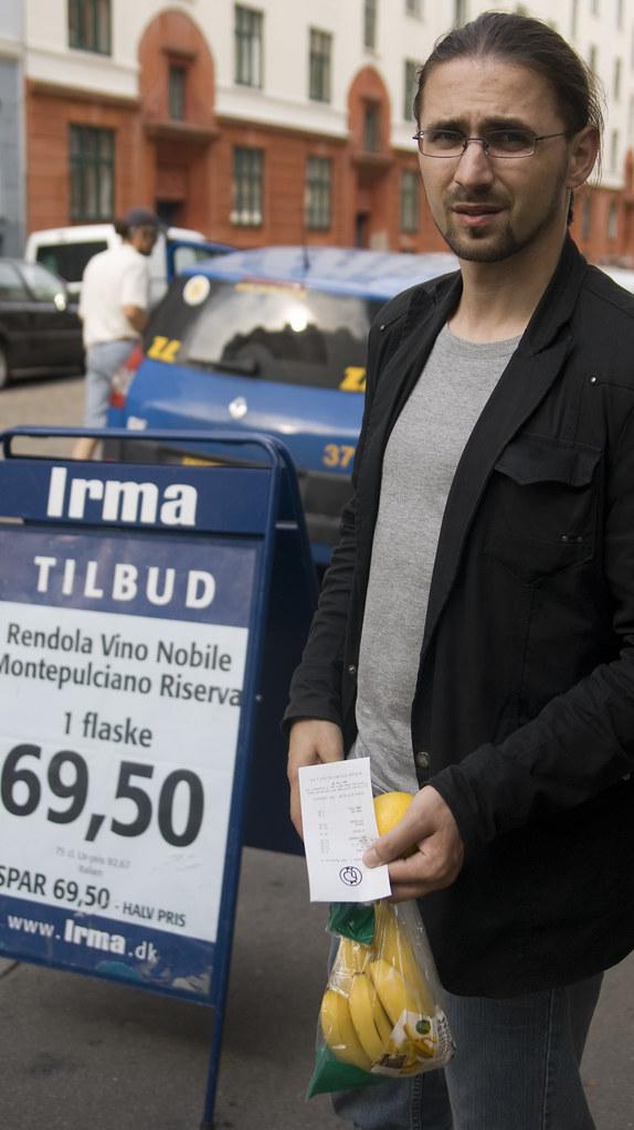 Copenhagen: Buying Bananas
