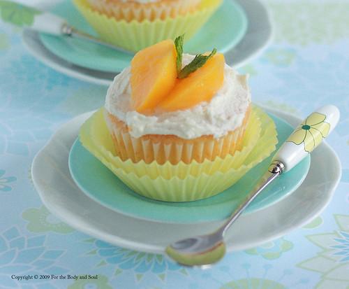 Peach Cupcakes_6121 copy