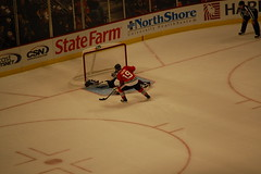 Toews in the shootout (Julie Rubes) Tags: chicago blackhawks coloradoavalanche chicagoblackhawks