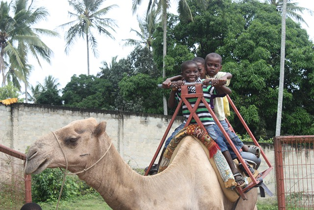 zoo trip with shule kids 077.jpgedit