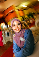 Gadis Melayu-Husna- (DELLipo™) Tags: portrait people favorite beauty smile photoshop happy nikon flash hijab explore portraiture nikkor capture finest husna d80 gadismelayu hdellr dellipo