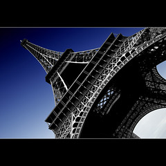 La Tour Eiffel (Sergio Verrecchia - Digital Imaging Technician) Tags: blue paris france blu harmony showroom toureiffel torreeiffel francia breathtaking shiningstar bestofflickr parigi northstar aclass favoritepictures diamondstar apictureisworthathousandwords lapucelle mybestphotos supershot beautifulshot creativephoto topseven amazingcapture mywinners abigfave royalgroup diamondheart platinumphoto flickrgoldaward nikond40x flickrbronzeaward planetphoto citrit flickrsilveraward flickrelite exemplaryshots heartawards eliteimages platinumheartaward betterthangood dragongoldaward digitaleloquence crazyheart highqualityimages spiritofphotography digifotoproaward qualitypixels fabulousflicks sergioverrecchia yourarthastouchedtheworld photographersgonewild flickrpopularphotographer universalelite platinumgolddoubledragonawards doubledragonawards photographersworld andromeda50 diamondphotographersclub platinumpeaceaward diamondgolddoubledragonawards magicunicorn pegasusaward mygearandme mygearandmepremium mygearandmebronze mygearandmesilver mygearandmegold mygearandmediamondelite pegasussilvertrophyaward pegasusbronzetrophyaward pegasusgoldtrophyaward mygearandmeplatinumexclusive pegasustopbest
