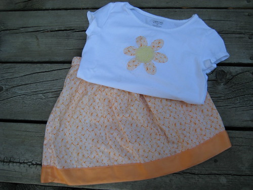 lazy days skirt + applique t-shirt