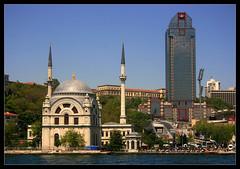 Dolmabahçe Mosque and Ritz-Carlton (VlasovAlexander) Tags: water turkey carlton istanbul mosque ritz sultan bosphorus dolmabahçe alem valide bezm