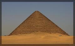 (917) Rote Pyramide - Snofru 3 / Dahschur / Egypt (unicorn 81) Tags: africa old travel history sahara architecture geotagged northafrica egypt unesco egyptian pyramids egipto 2009 ägypten egitto egypte reise egypten weltkulturerbe rundreise roundtrip egipt pyramiden égypte mapegypt misr nordafrika egypttrip redpyramid april2009 dahschur ægypten aegyptus αίγυπτοσ ægyptusintertravel ägyptenreise schulzaktivreisen meinjahr2009