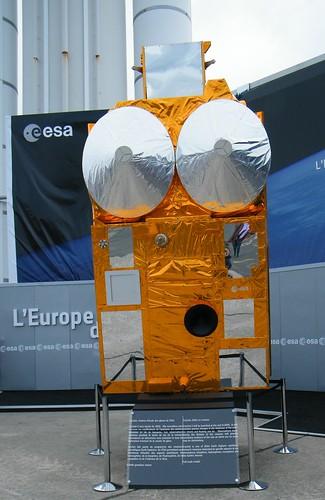 PARIS AIR SHOW 2009 / ESA SATELLITE / SALON DU BOURGET 2009