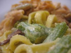 Homemade Pasta con fiori di zucca