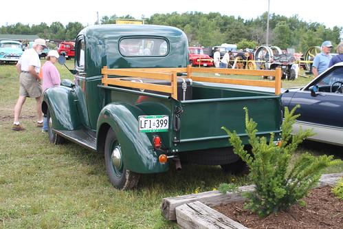 Flickriver: Photoset 'GMC trucks' by carphoto