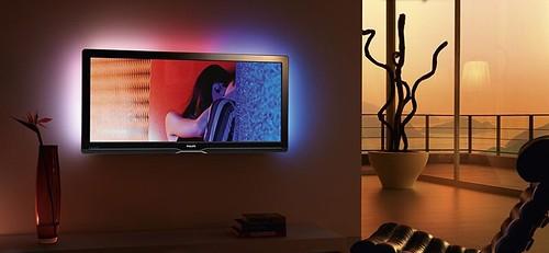 Fotografía de un televisor Philips en formato 21:9