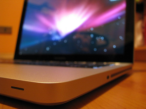 MacBook Pro 13 by monky.cl.