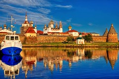 Solovetsky Monastery (filchist) Tags: sunset sea white reflection beautiful 35mm canon reflections monastery 5d 2009 hdr    solovki supershot