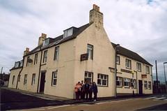 Keiss. Sinclair Bay Hotel (frederic.baiges) Tags: scotland unitedkingdom escocia highland granbretaña keiss granbretanya fbaiges dpkw147