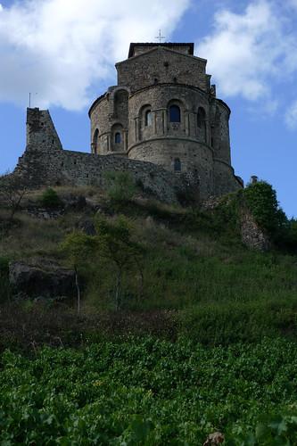 Prieuré (Xe s.) de St-Romain-le-Puy (Loire, France) par Denis Trente-Huittessan