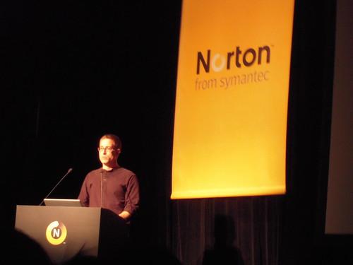 ノートン インターネットセキュリティ2010