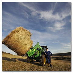 Farmer James has got a new tractor :) (s0ulsurfing) Tags: blue autumn light shadow portrait england sky cloud sunlight english texture nature lines weather clouds composition rural landscape island james countryside scenery skies natural pov farm patterns low country farming rustic wide perspective straw blues wideangle september vectis isleofwight vista fields farmer hay agriculture bales downlow bale landschaft isle 2009 wispy cliche wight johndeere bucolic osman 10mm sigma1020 s0ulsurfing vertorama bucolical 5100r summertimeuk welcomeuk
