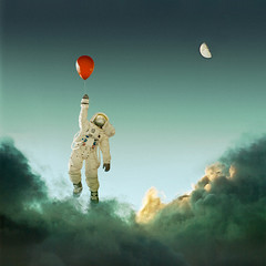 can't reach it (nael.) Tags: sky moon green clouds lune toys actionfigure nikon ballon balloon astronaut vert ciel photomontage 16 12 nuages spacesuit redballoon cosmonaut astronaute ballonrouge cosmonaute soleilcouchant scaphandre nael d80 appolo11 cosmoblues