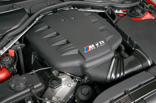 BMW 4,0 V8 Engine