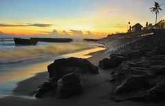 Before Night Falls (Maaar) Tags: longexposure sunset bali beach stone nightshot stones coconuttree solbeach canggu img4541 magichours canggubeach solrestaurant echobeachlagiechobeachlagid janganbosan
