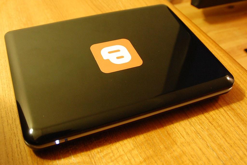 Blogger Mini 9