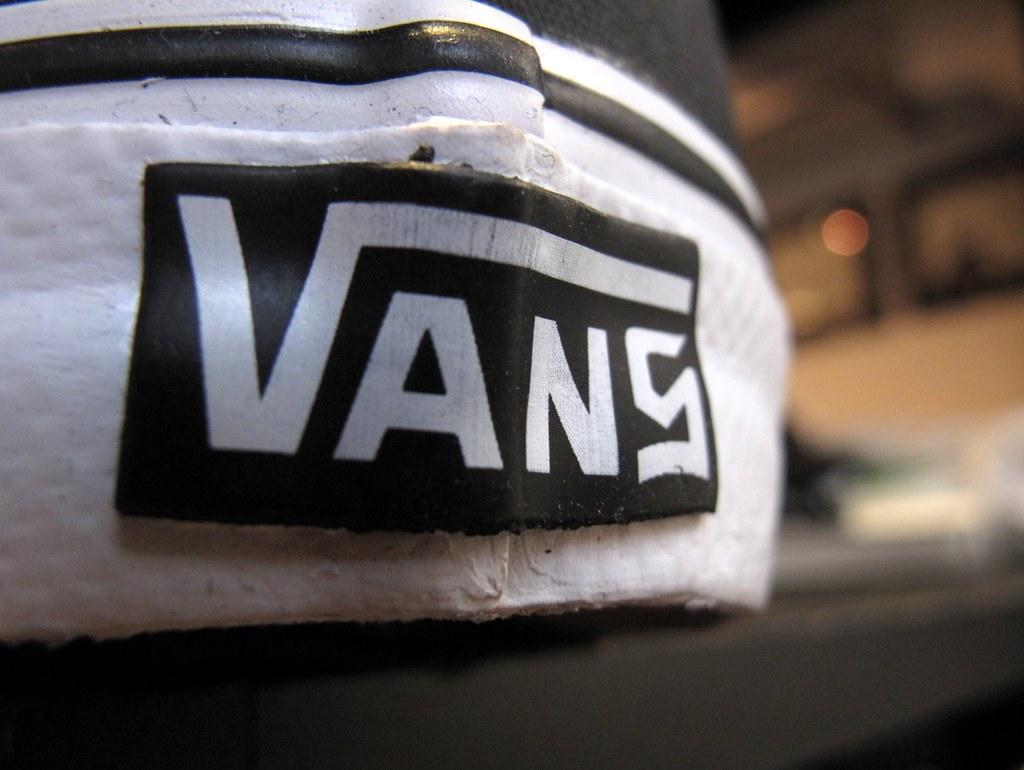 7e8f883c85 8five2 Vans Syndicate (wZa HK) Tags  shoes sneakers kicks vans offthewall  vansoffthewall 8five2
