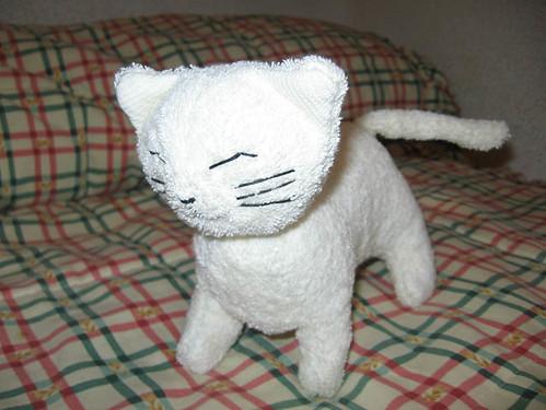 Cómo hacer un gato de peluche