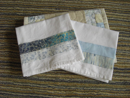 Decorated Flour Sack Towels to go with the table runner