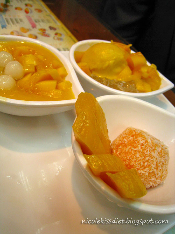 three types of mango pudding