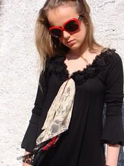 Vestido preto com detalhes na gola (nanaquel.artesanato) Tags: artesanal feltro santacatarina tecido bordado renda nanaquel