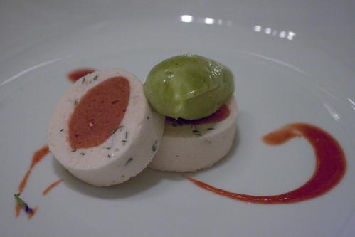minty strawberry dessert