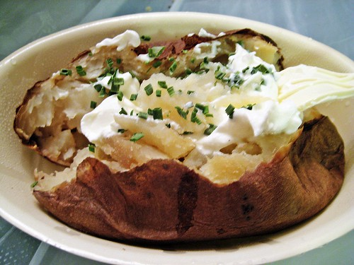 Baked Potato with chive and sour cream