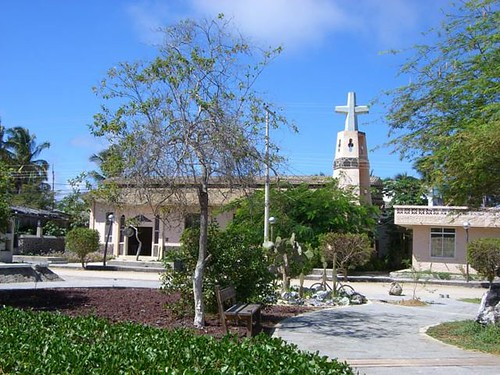 Villamil Plaza-Church-Galapagos