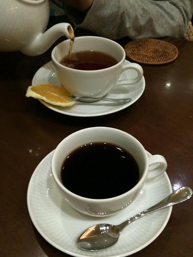 紅茶とコーヒー
