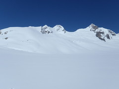 Aufstieg zur Lötschenlücke... (mboelli) Tags: skitour lötschenlücke