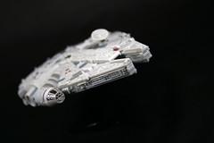 Millenium Falcon (Charliebubbles) Tags: starwars milleniumfalcon revell 400d tabletopphotography canoneos400d koodcloseuplenses