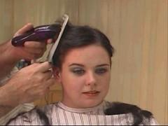 headshave - 2009-06-02_114447 (bob cut) Tags: ladies haircut sexy girl happy bald shave razor headshave