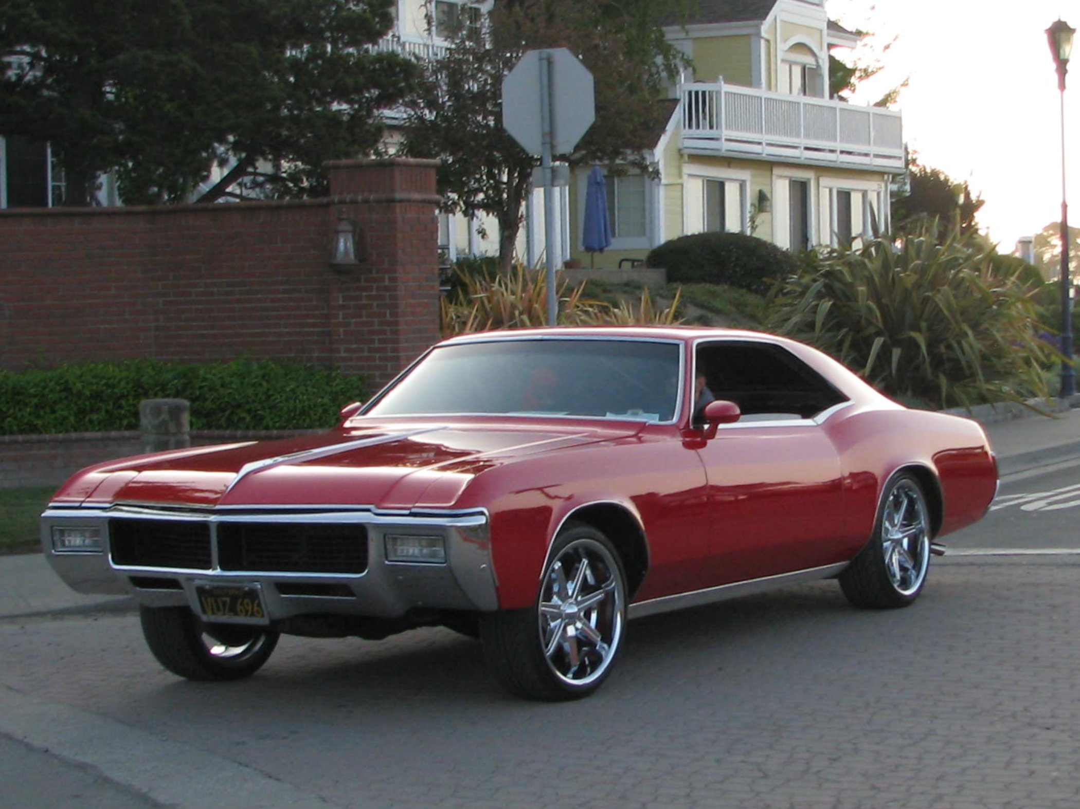 1968 buick electra 225 2 door hardtop front 3 4 81136 - Filename 3589731447_473b5f24bb_o Jpg
