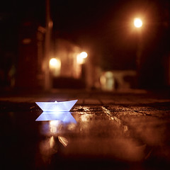 Rolleiflex 0110 (ukaaa) Tags: street blue light orange white blur 120 6x6 tlr film pool rain night analog paper square puddle boat focus julie dof floor flat kodak bokeh pavement low ground surface depthoffield negative medium mf analogue portra canoscan twinlensreflex portra160nc ratseyeview sekonic l308s rolleiflex35e 8800f