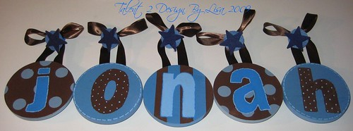 "JONAH 5"" Round Custom Hand Painted Letters with STAR Push Pin Accents"