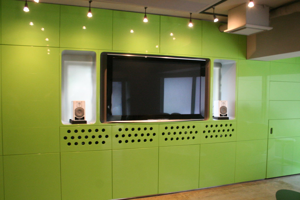 Bespoke Custom Joinery - Green Feature Wall Unit 2009