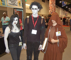 Comic Con 2009: Endless (earthdog) Tags: d50 death costume nikon sandiego cosplay dream nikond50 destiny sandman comiccon 2009 endless dccomic unknownlens sdcci comiccon09 upcoming:event=958403 upcoming:event=1494437