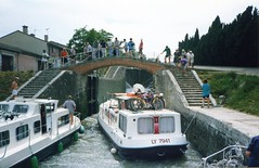 930625  7 Stepped Locks (rona.h) Tags: france june 1993 cacique beziers canaldumidi ronah