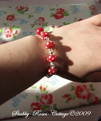 Bracelet in mushroom design (*ShabbyRosesCottage*) Tags: red white armband toadstool dots glassbead lampwork schmuck fliegenpilze fliegenpilz glasperle jelwery punkte muchomorek fliepi muchomorki