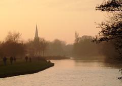 Abingdon Dusk (Gook the Goblin) Tags: england thames river landscape dusk oxford riverthames abingdon