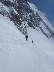 Abfahrt in Richtung Lötschental (mboelli) Tags: skitour lötschenlücke