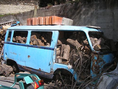 Furgoneta Ford destinada a llenyer al Santuari de Meritxell (Andorra)